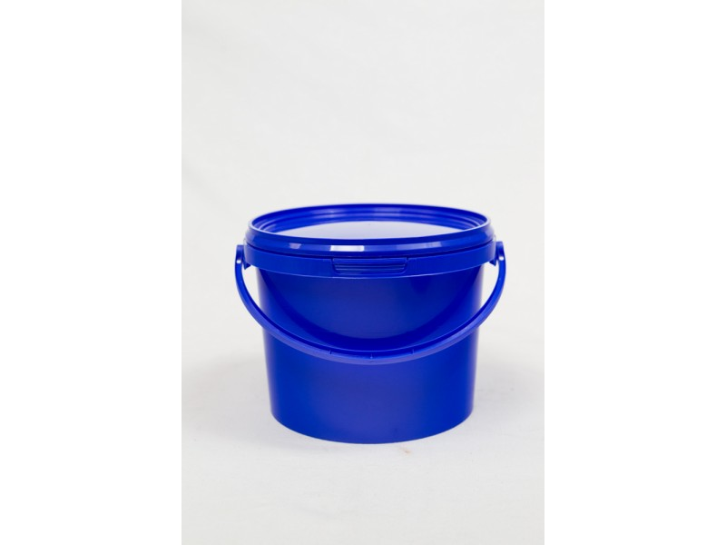 PP bucket with lid 2,5 l